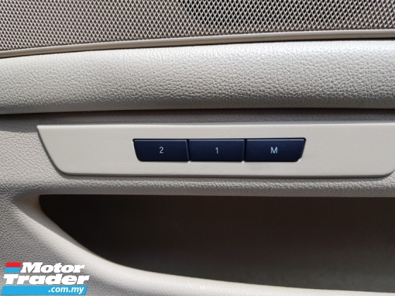 2011 BMW 5 SERIES 523I CKD (A) BEST DEAL (FREE 1 YEAR WARRANTY)