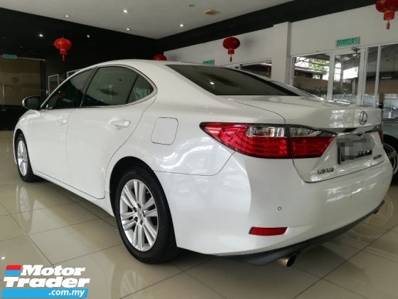 2015 LEXUS ES250 ONE YEAR WARRANTY PROVIDED