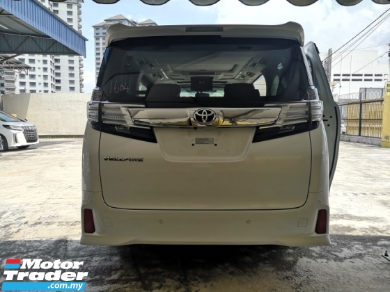 2015 TOYOTA VELLFIRE TOYOTA VELLFIRE 2.5 ZG SURROUND CAMERA.JBL SYSTEM SUNROOF. HIGH TRADE IN.