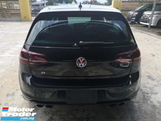 2016 VOLKSWAGEN GOLF VOLKSWAGEN GOLF 2.0 R BLACK. MOTION 4.
