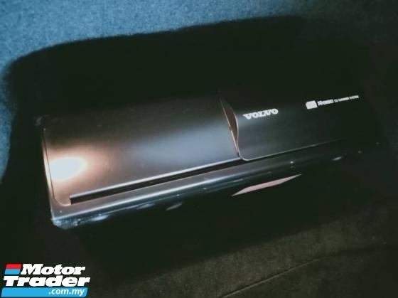 2005 VOLVO V40 2.0