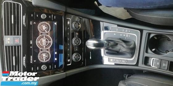 2017 VOLKSWAGEN GOLF Volkswagen GOLF R 7.5 2017