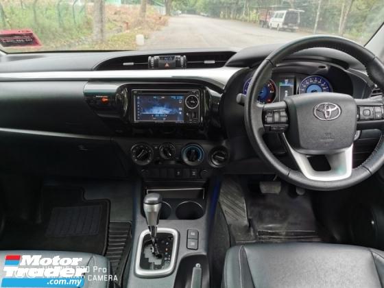 2016 TOYOTA HILUX DOUBLE CAB 2.8G AUTO 4X4 - SUPERB ORI COND ( FULL SVC RCD / UMW WARRANTY )