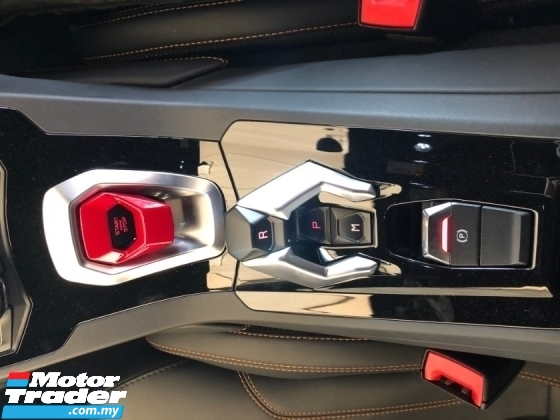2017 LAMBORGHINI HURACAN LP610-4 Lifting System 5.2 V10 610hp Lamborghini Doppia Frizione (LDF) MPI IDS STRADA/SPORT/CORSA Mode Selection Carbon Ceramic Brake Intelligent Full-LED System Bucket Seat Multi Function Paddle Shift Lamborghini Dynamic Steering (LDS) Unreg