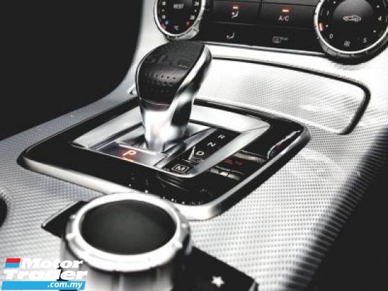 2017 MERCEDES-BENZ SL-CLASS 2017 Mercedes Benz SLC300 AMG 9 SPEED