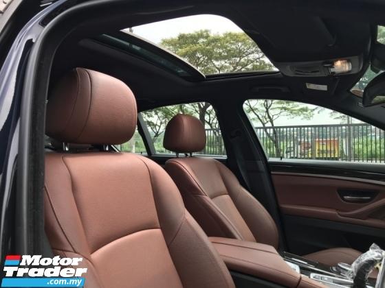2014 BMW 5 SERIES 535I SPORTS (HUD, Sunroof, PBoot, 4Cam, H.Kardon)