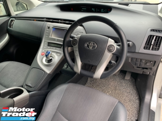 2014 TOYOTA PRIUS 1.8 (A) JBL Luxury New Facelifts Hybrid Leather