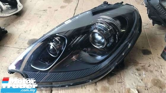 PORSCHE 958 CARRERA GT HEAD LAMP NEW USED RECOND CAR PARTS SPARE PARTS AUTO PART HALF CUT HALFCUT GEARBOX TRANSMISSION PORSCHE MALAYSIA
