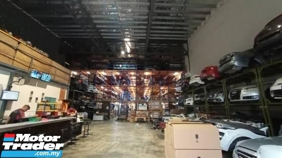PORSCHE 911 CARRERA TURBO HEAD LAMP NEW USED RECOND CAR PARTS SPARE PARTS AUTO PART HALF CUT HALFCUT GEARBOX TRANSMISSION PORSCHE MALAYSIA