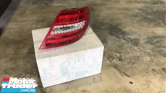 MERCEDES BENZ W204 C CLASS TAIL LAMP NEW USED RECOND CAR PARTS SPARE PARTS AUTO PART HALF CUT HALFCUT GEARBOX TRANSMISSION MERCEDES BENZ MALAYSIA