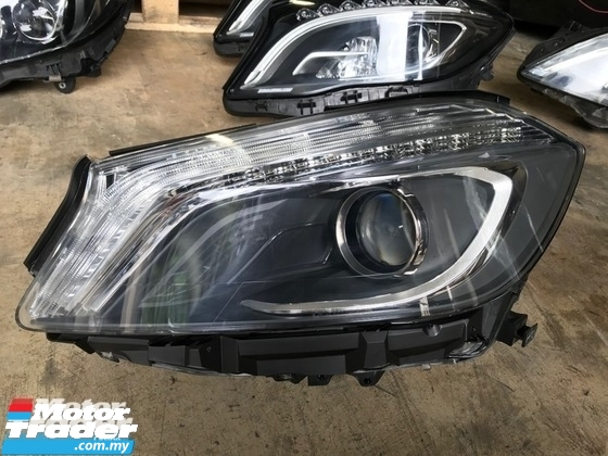 MERCEDES BENZ W176 A CLASS HEAD LAMP  NEW USED RECOND CAR PARTS SPARE PARTS AUTO PART HALF CUT HALFCUT GEARBOX TRANSMISSION MALAYSIA Enjin servis kereta potong separuh murah MERCEDES BENZ Malaysia