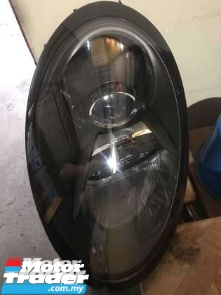 PORSCHE 991 SPORT HEAD LAMP NEW USED RECOND CAR PARTS SPARE PARTS AUTO PART HALF CUT HALFCUT GEARBOX TRANSMISSION MALAYSIA Enjin servis kereta potong separuh murah PORSCHE Malaysia