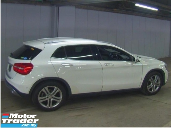 2016 MERCEDES-BENZ GLA Mercedez GLA 180