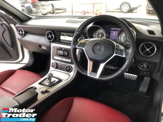 2015 MERCEDES-BENZ SLK SLK200 AMG 2.0 Turbo 9G-Tronic Panoramic Roof Bucket Seat Multi Function Paddle Shift Steering