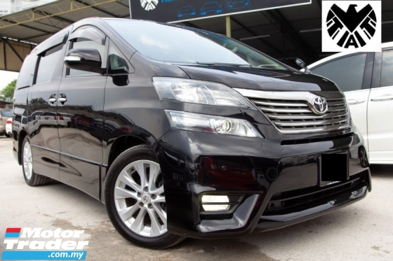2013 TOYOTA VELLFIRE 2.4Z PLATINUM SELECTION = BLACK INTERIOR