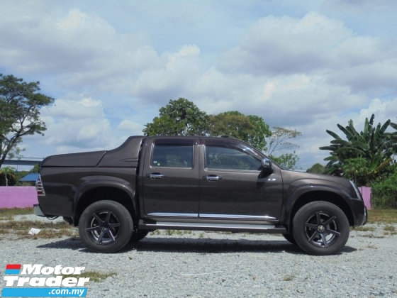 2012 ISUZU D-MAX 3.0 4x4 Hi DEF D-Box LimitedEdition