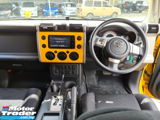 2015 TOYOTA FJ CRUISER OFFROAD PACKAGE
