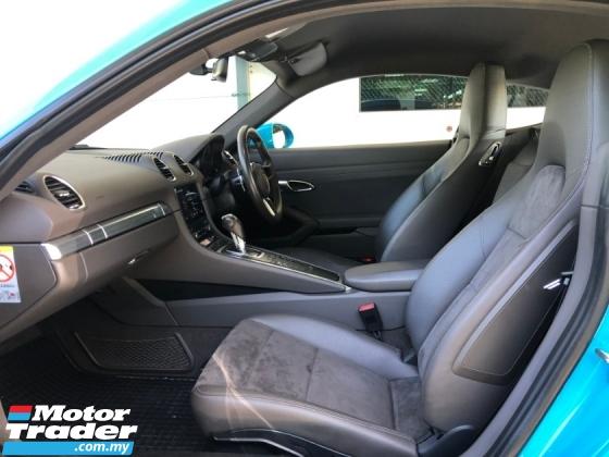 2017 PORSCHE CAYMAN 718 New 2.0 Turbo Boxster Engine 300hp Lighting-Quick PDK PCM Sport Auto-Lift Rear Spoiler Unreg