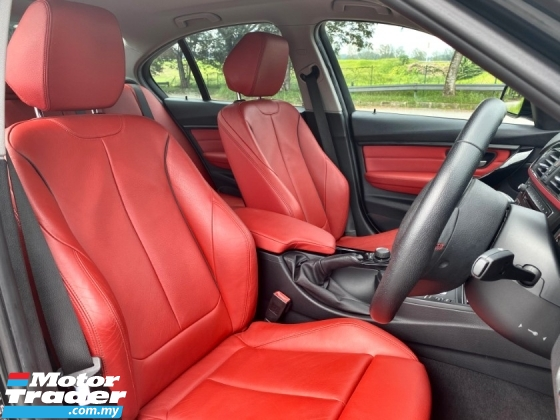 2015 BMW 3 SERIES F30 320I SPORTLINE  FULL/SERVICE RED INTERIOR