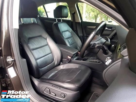 2012 VOLKSWAGEN PASSAT Passat 1.8 TSI Sport SE SUNROOF POWER SEAT Sedan