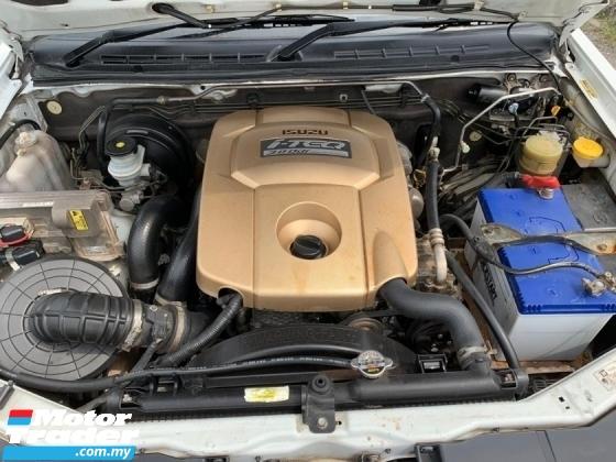 2008 ISUZU D-MAX 3.0L 4X4 DOUBLE CAB (A) NAVIGATION / REVERSE CAMERA