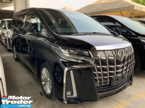 2018 TOYOTA ALPHARD 2.5 S facelift 2 years warranty 2 power doors 7 seaters power boot Alpine monitor unregistered