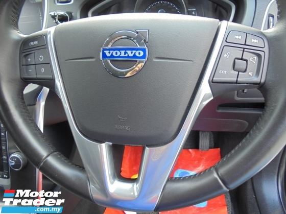 2015 VOLVO V40 2.0 T5 SPORT EDITION HEICO BLIS AutoPARK