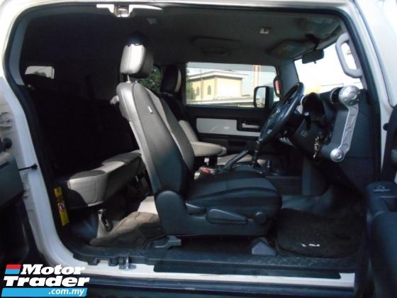 2011 TOYOTA FJ CRUISER 2011 Toyota FJ 4.0 CRUISER (A)VIP OWNER