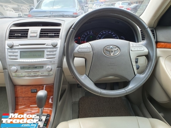 2009 TOYOTA CAMRY 2.0 G FACELIFT 1 owner