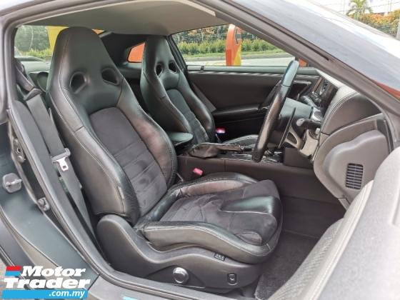 2011 NISSAN GT-R GTR 35 Premium Edition Remap Stage 2 620-HP* Convert New Facelift* Excellent Condition. SkyLine
