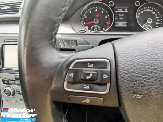 2013 VOLKSWAGEN PASSAT 2013 Volkswagen PASSAT 1.8 TSI (A) TURBO SPORT