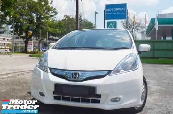 2014 HONDA JAZZ 1.3 Hybrid Hatchback FACELIFT FULL SERVICE RECORD BY HONDA