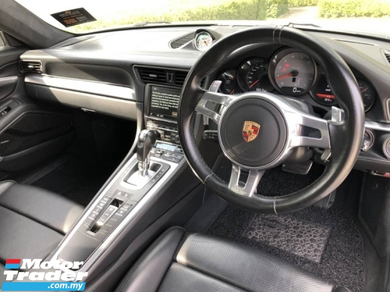 2017 PORSCHE 911 Porsche 911 CARRERA S 3.8L (991)