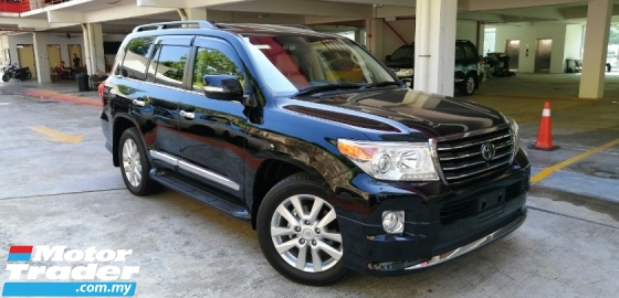 2015 TOYOTA LAND CRUISER 4.6 ZX