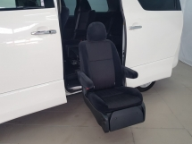 2011 TOYOTA VELLFIRE 3.5 V6 TFSI (A) - WELCAB - 2 POWER DOOR - COOL BOX