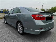 2012 TOYOTA CAMRY  2.5 V (A) Sedan PUSH START POWER SEAT REVERSE CAMERA TIP TOP CONDITION
