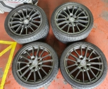 Porsche original rims & tyres. 19