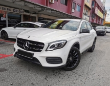 2018 MERCEDES-BENZ GLA GLA200 Night Edition