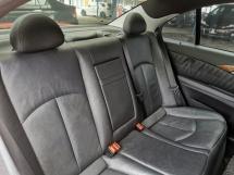 2005 MERCEDES-BENZ E-CLASS Mercedes Benz E240 2.6 AMG SUNROOF RevCAM WARRANTY