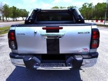 2018 TOYOTA HILUX 2.4 L EDITION FACELIFT FULL SERVICE RECORD 40K MILEAGE UNDER WARRANTY TOYOTA UNTIL 2023