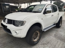 2011 MITSUBISHI TRITON 2.5 AT EXCELLENT CONDITION VIEW TO SATISFY
