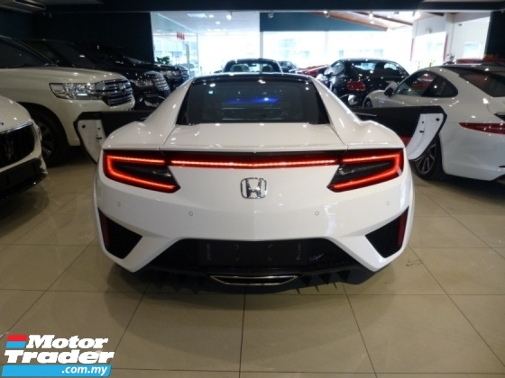 2017 HONDA NSX 3.5L HyBrid Twin TurboCharged 573hp (NEW CAR Condition) Highest Grade CAR. Genuine LOW Mileage