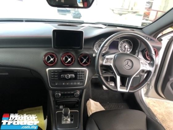 2015 MERCEDES-BENZ A45 Unreg Mercedes Benz A45 2.0 AMG Turbo Camera 4Matic Pre Crash 7G