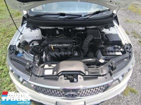 2013 KIA FORTE 1.5 AUTO
