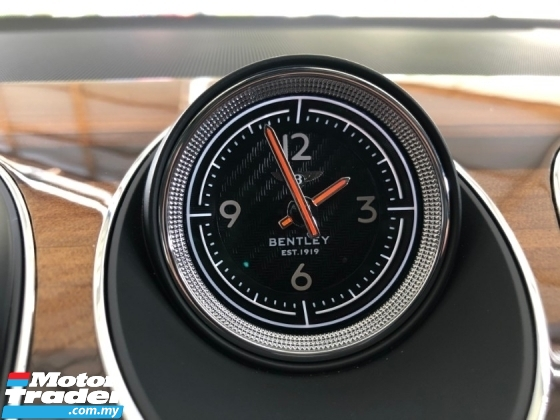 2018 BENTLEY BENTAYGA V8 4.0 Twin Turbo 550hp Panoramic Roof 360 Camera Full LED Vacuum Doors Massage Seat Lifting System