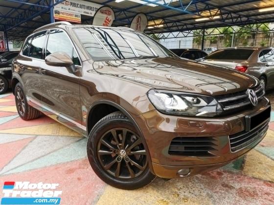 2011 VOLKSWAGEN TOUAREG Volkswagen TOUAREG 3.6 V6 FSI S/ROOF PwBOOT WRRNTY