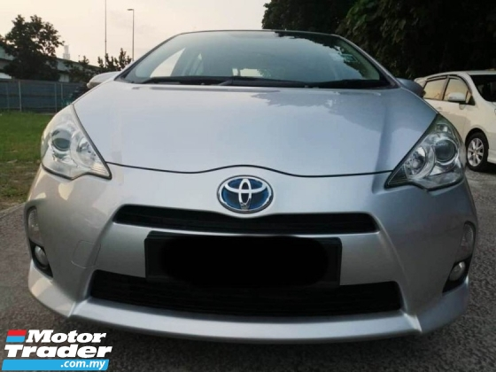 2013 TOYOTA PRIUS C 1.5 (HYBRID) LADIES DRIVER NEW BATERY WITH TOYOTA