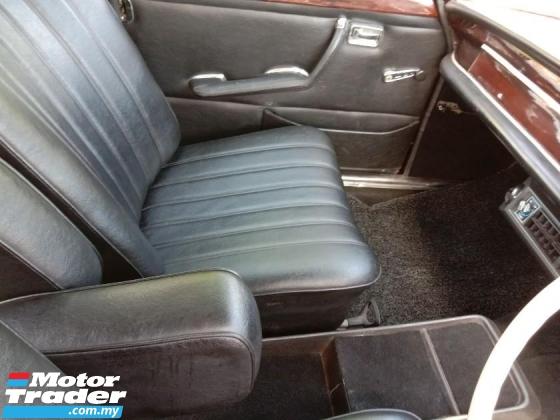 1987 MERCEDES-BENZ S-CLASS 280S