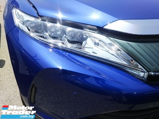 2017 TOYOTA HARRIER 2.0 PREMIUM NEW FACELIFT - WITH POWER BOOT - UNREG