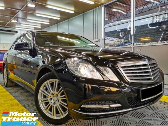 2011 MERCEDES-BENZ E-CLASS Mercedes Benz E200 BlueEFCY BLACK Leather WARRANTY